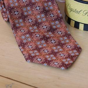 True Forum Medallion Woven Silk Tie